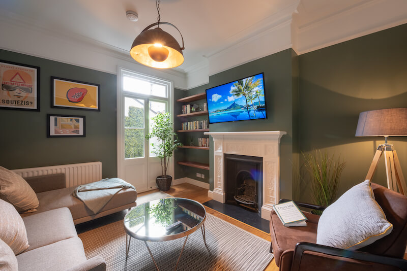 Cheriton-square_livingroom